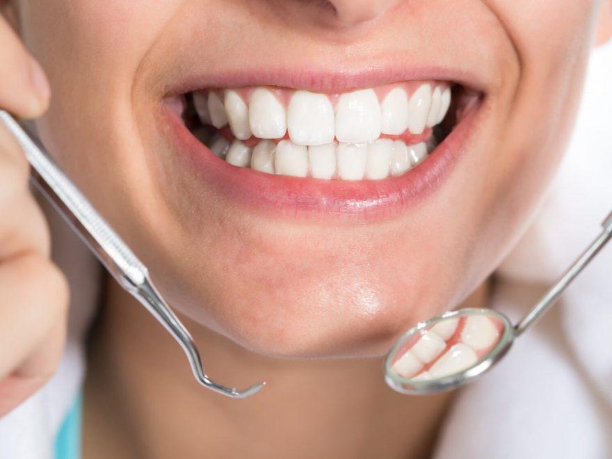 Dental-Implants-Improve-Oral-Health